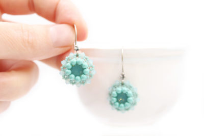 vintage-style-earrings-beading-tutorial-06