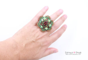 Ring made with the new Star beads by Perles&Co.